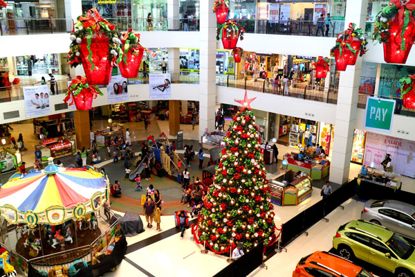 Filipino Christmas: Abreeza